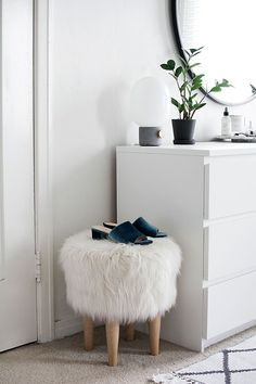 i love that pouf.. haha | bedroom decor, home inspiration, house, living space, room, scandinavian, nordic, inviting, style, comfy, minimalist, minimalism, minimal, simplistic, simple, modern, contemporary, classic, classy, chic, girly, fun, clean aesthetic, bright, white, pursue pretty, style, neutral color palette, inspiration, inspirational, diy ideas, fresh, stylish, 2017, sophisticated