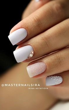 Nail art Christmas - the festive spirit on the nails. Over 70 creative ideas and tutorials - My Nails Bride Nails, Wedding Nails, Fancy Nails, Trendy Nails, Hot Nails, Pink Nails, Nagellack Design, Gelish Nails, Minimalist Nails