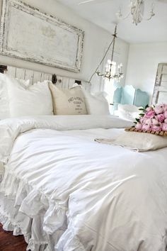 Shabby Chic Decor simple and comfortable ideas - Superb styling examples. simple shabby chic decor fun and brilliant image ref imagined on this day 20181223 , Shabby Chic Interiors, Shabby Chic Bedrooms, Shabby Chic Homes, Shabby Chic Furniture, Romantic Bedrooms, Shabby Cottage, Shabby Chic Vintage, Shabby Chic Style, Shabby Chic Decor