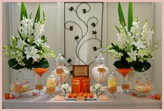 Going with a burst of orange? Why not add a cute #candybar!