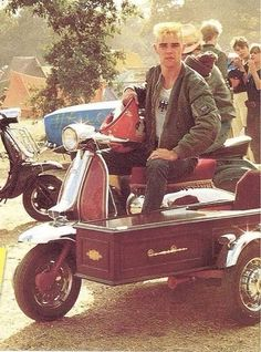 Ian Brown in his scooterboy days | Subculture | Pinterest | Brown ... (Wow never seen a coffin sidecar before)