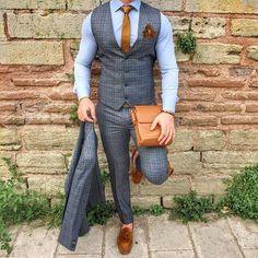 menaccessories accessories mensfashion fashion pocketsquare shoes mensshoes is part of Suit fashion - Big Men Fashion, Fashion Mode, Mens Fashion Suits, Fashion Outfits, Fashion Stores, Paris Fashion, Fashion Fashion, Runway Fashion, Mens Suits