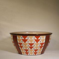 Nora Gulbrandsen for Porsgrund Porselen. marked: håndmalt (handpainted) 4640 NG