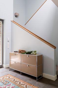 Gäertner Internationale Möbel #Treppenhaus #Eingangsbereich #USM Haller #Sideboard