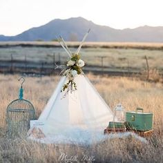 Beautiful off white lace and ruffle teepee. Perfect for spring and summer photo shoots. Amazing set by Michelle Mills Photography.