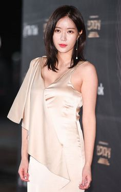 Asian Woman, Asian Girl, Korean Girl, Korean Beauty, Asian Beauty, Korean Actresses, Blonde Beauty, Beautiful Asian Women, Korean Women