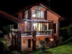 Bandung Villa Q-10B Lembang Indonesia, Asia Ideally located in the prime touristic area of Lembang, Villa Q-10B Lembang promises a relaxing and wonderful visit. The hotel offers a wide range of amenities and perks to ensure you have a great time. Car park, room service, meeting facilities are just some of the facilities on offer. Desk, balcony/terrace, television, refrigerator, shower can be found in selected guestrooms. Access to the hotel's outdoor pool, spa, garden will fur...