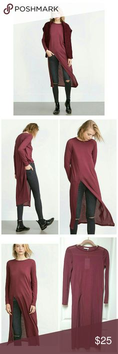 "ZARA Burgundy Long Tunic T-shirt with Side Slit New with Tags ZARA Trafaluc long sleeve tunic style long t-shirt top with side slit. Size Small. Relaxed fit. 100% Cotton. Stylish and unique top that can be paired with jeans or skirt!  Length 46"" / Shoulders 15"" / Underarm to Underarm 17""  No Trades/No Merc/No PayPal/No Modeling Zara Tops Tees - Long Sleeve"