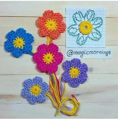 Good evening all Send you flowers * * * can find Crocheted flowers and more on our website.Good evening all Send you flowers * * * . Crochet Diagram, Crochet Chart, Crochet Stitches, Crochet Earrings Pattern, Crochet Flower Patterns, Crochet Diy, Crochet Hooks, Small Flowers, Diy Flowers