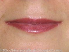 MAC lipstick sequin