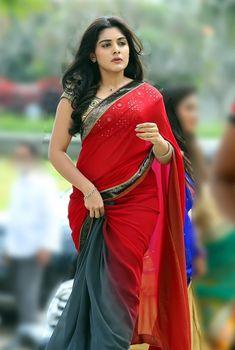 Niveda Thomas hot photos in saree. South Indian Actress Niveda Thomas in saree photos. Tamil actress in saree photos. Beautiful Girl Indian, Most Beautiful Indian Actress, Beautiful Saree, Red Saree, Saree Dress, Sari, Saree Blouse, Indian Actress Hot Pics, South Indian Actress Hot