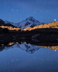 Incredible in the day magic in the night.  Pic: @debc_nz - Mt Cook #hakatours _________________________________  #mtcook #seasons #nz #travel #newzealand #kiwi #instatravel #travelgram #summer #nature #northisland #southisland #aotearoa #scenery #sceneryporn #beautiful #summer #ourplanetdaily #neverstopexploring #lonelyplanet #splendid_earth #tourtheplanet #beautifuldestinations #igbest_shotz #naturelovers #roamtheplanet #worldshotz #wanderlust #openmyworld
