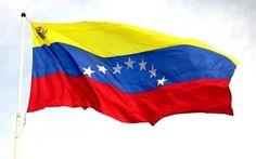Pronto volverás a ser así, mi bandera de siete estrellas, llena de justicia, amor, soberanía, libertad, sin odio, y lo más importante, paz entre los venezolanos. ¡Eres lo mejor mi Venezuela, eres lo mejor!