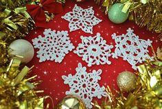 5 Free Crochet Snowflake Patterns - Crochet creation by janegreen