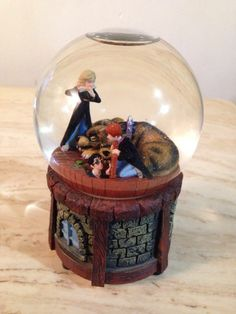 harry potter snow globes   Harry Potter Musical Snow Globe Featuing Ron Weasley Hermoine Granger ...