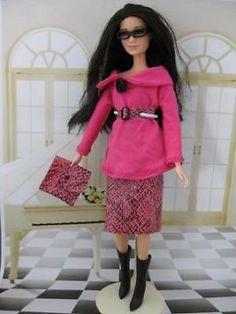 Pink Mood.€5. Zelfgemaakte Barbie kleding te koop via Marktplaats bij de advertenties van Nala fashion. Homemade Barbie doll clothes (OOAK) for sale through Marktplaats.nl Verkocht / sold
