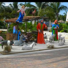 Cozumel..In the shopping village at christmas time :)