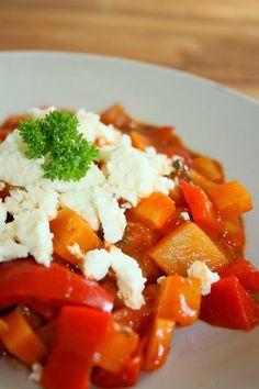 cara mia: Paprika-Kartoffel-Eintopf mit Feta