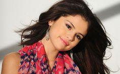 Selena Gomes takes Bollywood style at MTV awards