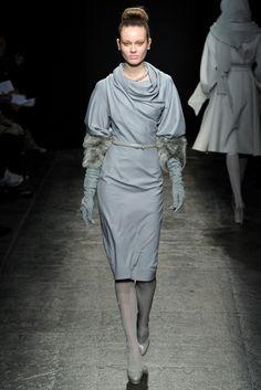 Donna Karan - Fall 2011 Ready-to-Wear - Look 3 of 40
