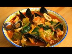 Spicy seafood and meat mixed noodle soup (Jjamppong: 짬뽕) Soup Recipes video recipe Asian Seafood Recipe, Best Shrimp Recipes, Seafood Boil Recipes, Seafood Stew, Chicken Recipes, Korean Food Recipes, Spicy Recipes, Soup Recipes, Healthy Recipes
