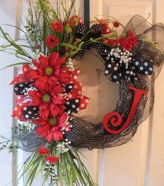 Add some whimsy to your front door with this pretty summer wreath!