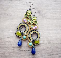 image 0 Soutache Earrings, Drop Earrings, Quilling Jewelry, Embroidery Techniques, Etsy Jewelry, Swarovski Crystals, Dangles, Jewels, Beads