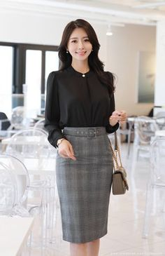 Office Outfits Women, Work Outfits, Corporate Attire, Elegant Girl, Formal Looks, Professional Outfits, Simple Dresses, Classy Outfits, Korean Fashion