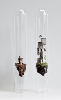 Yesterday's Harvest LOVE the floating earth concept for cloche miniatures Vitrine Miniature, Miniature Rooms, Miniature Crafts, Miniature Christmas, Miniature Houses, Christmas Shadow Boxes, Diy And Crafts, Arts And Crafts, Dollhouse Miniatures
