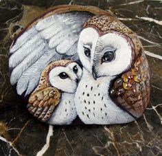 Barn Owls painted rocks mother and baby by Shelli by Naturetrail