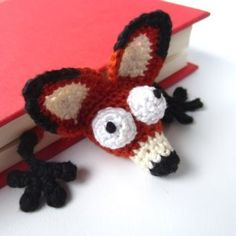 Amigurumi Fox Bookmark crochet pattern by Supergurumi