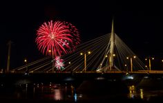 Happy Canada Day! fireworks at the Forks...  (Winnipeg Event Photography)