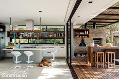 Modern Exterior, Exterior Design, Surf House, Small Backyard Patio, Balcony Design, House Inside, Modern House Plans, Beautiful Kitchens, Architecture