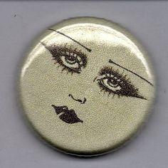 Biba make up pinback badge Biba Fashion, Retro Fashion, Barbara Hulanicki, 70s Glam, Swinging London, Vintage Makeup, Vintage Vanity, Lipstick Case, Vogue