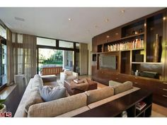 Confirmed: Matt Damon Buys 'Best House in Pacific Palisades' - Celebrity Real Estate - Curbed National