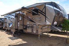 5th Wheel Camper, Fifth Wheel Campers, Luxury Rv, Camping Glamping, 5th Wheels, Toy Hauler, Camper Ideas, Log Homes, Motorhome