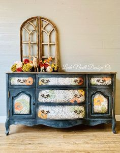 Hand painted Black and white stenciled buffet with poppies form Leah Noell Design Co. Colorful Furniture, Painted Furniture, Recycled Furniture, Furniture Projects, Furniture Makeover, Diy Furniture, Navy Paint, Dixie Belle Paint, Mineral Paint