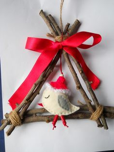 Karácsonyi ajtódísz fali dísz dekoráció sapkás madárkával, Dekoráció, Karácsonyi, adventi apróságok, Otthon, lakberendezés, Ünnepi dekoráció, Meska