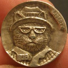 GORDON RAISTRICK HOBO NICKEL - COOL CAT - 1936 BUFFALO NICKEL Hobo Nickel, Cool Cats, Coins, Carving, Cool Stuff, Edc, Buffalo, Money, Rooms