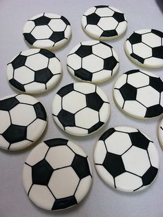 Soccer Ball Cookies. These are the tastiest soccer balls I've seen yet! theartofthecookie.com