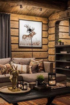 Ideas for Decorating a Family Room with Rustic Cabin Style Log Cabin Living, Log Cabin Homes, Cottage Interiors, Cozy Cabin, Cabana, Interior Design, Decoration, Home Decor, Mountain Cabin Decor