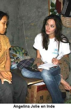 Angelina Jolie in Cambodge for the asociación #association #artist