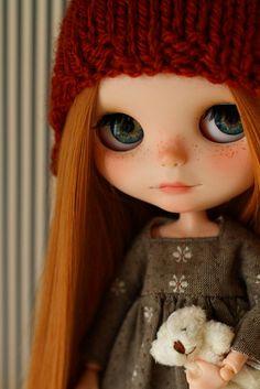 She's a beautiful customized Blythe ...☆゜・。。・゜゜・。。・゜☆゜・。。・゜゜・。。・゜ Cornelia | Flickr - Photo Sharing!