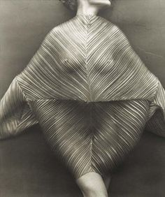 Herb Ritts - Wrapped Torso, 1989