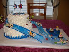 Waterslide cake Beach Themed Cakes, Theme Cakes, Mini Cakes, Cupcake Cakes, Cupcakes, Waterslide Cake, 11th Birthday, Birthday Ideas, Swimming Cake