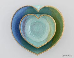 2 nesting heart bowls  3 1/2 inches wide van JDWolfePottery op Etsy, $24.00