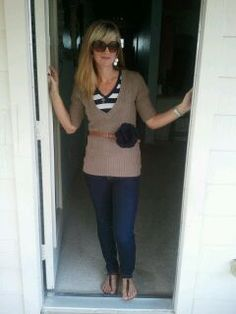 """""""What I Wore"""" blog with daily outfit pics! Lots of cute thrift store finds."""