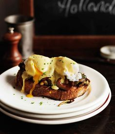 Mushrooms on toast with poached eggs and hollandaise - Gourmet Traveller