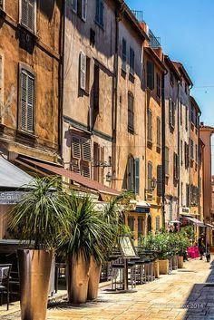 Gassen in St. Tropez, France