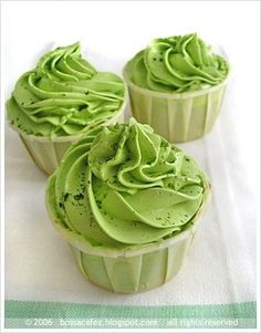 GREEN velvet mini cupcakes with green butter cream icing! I'm totally making this for St. Patty's day! :)